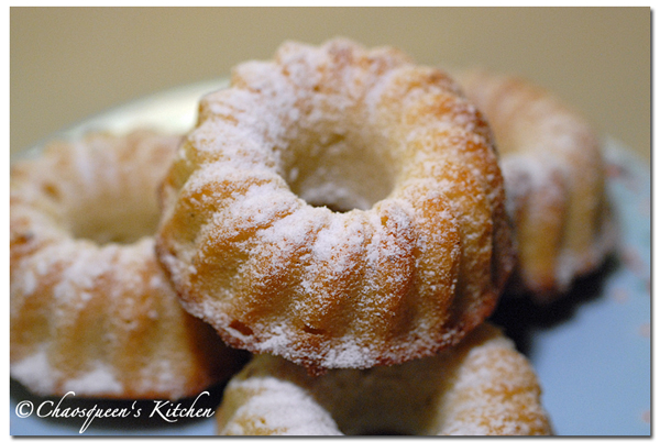mini_lemon_yoghurt_cake_20090705